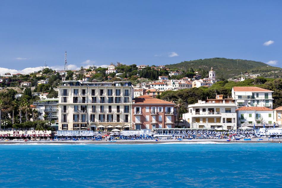 csm_Bordighera_collina_spiaggia_bf483ed929