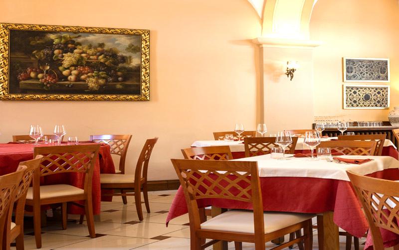sala-pranzo-piano-terra-hom